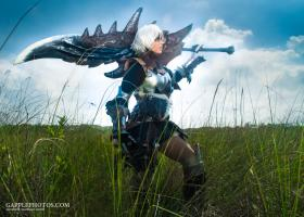 Photoshoot of Monster Hunter by Gapple Photos